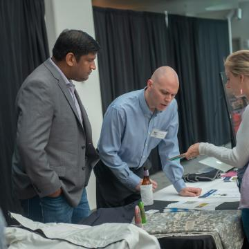 Attendees met inventors and makers who are creating exciting new smart garments, techical textiles, and wearables right here in Baltimore.