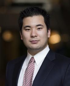Aaron Hsu headshot